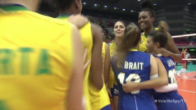 Os pontos finais de Brasil 3 x 2 Sérvia pela Copa do Mundo de vôlei feminino