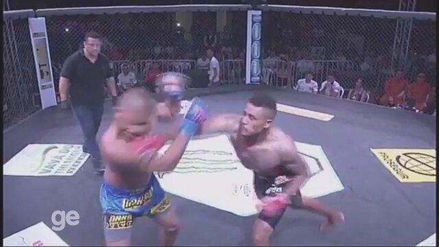 Jorge Marreta vence a luta principal do Bope Combat MMA aos 14 segundos