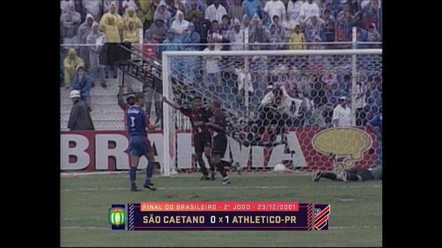 Baú do Esporte relembra título brasileiro histórico do Athletico-PR em 2001