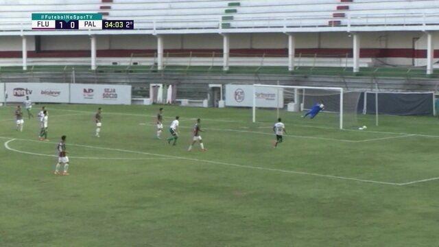 Palmeiras chega e Cayo Felipe faz bela defesa, aos 34 do 2º