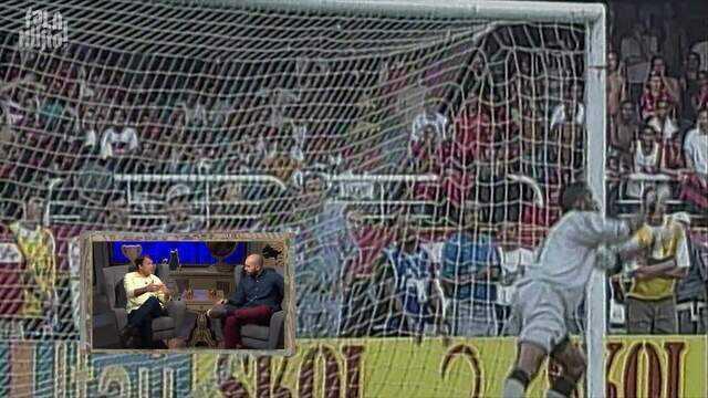 """A reação de Petkovic ao ouvir que Cássio queria cobrar a falta no """"Gol do Pet"""""""