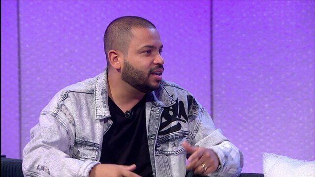 Aleatório Projota: o rapper explora as relações da música com o esporte e sua torcida pelo Santos