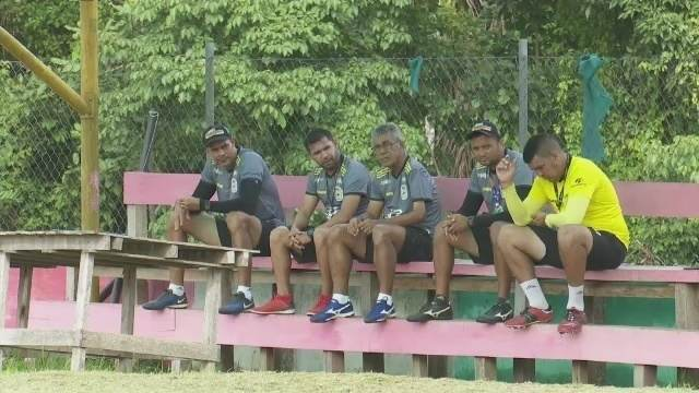 Em busca do 1º título do Acreano, Galvez aguarda regularização de reforços para estreia