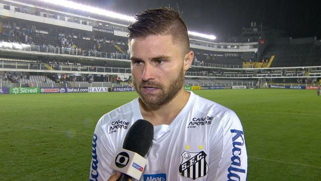 """Sasha parabeniza o Santos pela vitória: """"Com o tempo a gente vai evoluindo"""""""