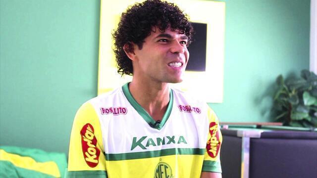 Camilo fala sobre goleadas sobre o Palmeiras e revela time de infância