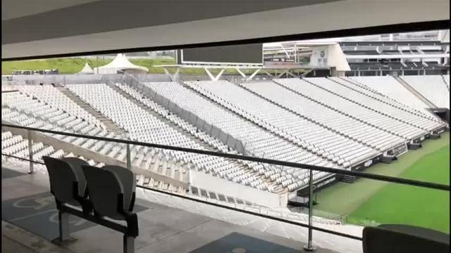 Gramado da Arena Corinthians durante o período da quarentena