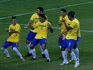 Neymar exalta Lionel Messi e diz ser mais bonito do que Cristiano ... f9717b49ab4e5