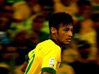 Há muito tempo a Seleção não era tão brasileira como nesta quarta-feira. A  onda de protestos que tomou o país chegou ao time canarinho 5507484f7c369