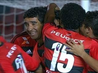 Mas se reconstruir tendo que disputar jogos com as principais equipes do  futebol brasileiro cria a dificuldade técnica de você poder oscilar um  pouco ainda ... ce62796d855