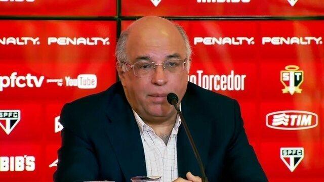 Ataíde promete dar três meses de férias a Muricy em caso de renovação