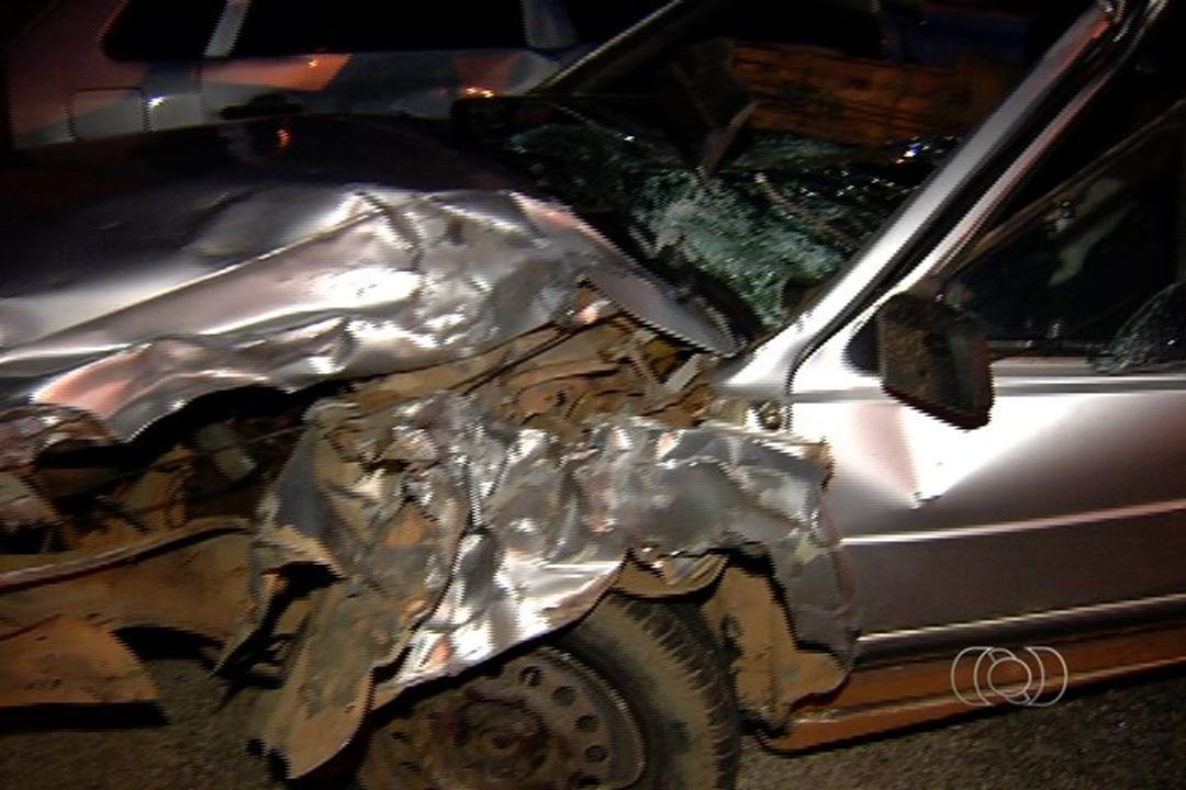 da41ebfc1c Motorista é suspeito de dirigir na contramão e matar motociclista na GO-070  em Inhumas GO - G1 Goiás - Vídeos - Catálogo de Vídeos