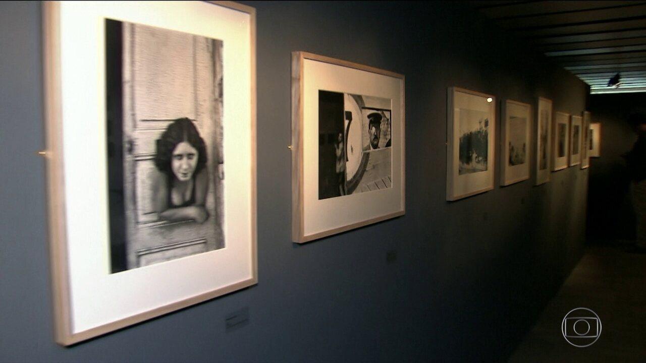 5063827c8ee Exposição do fotógrafo francês Henri Cartier-Bresson é inaugurada em São  Paulo - G1 São Paulo - Vídeos - Catálogo de Vídeos