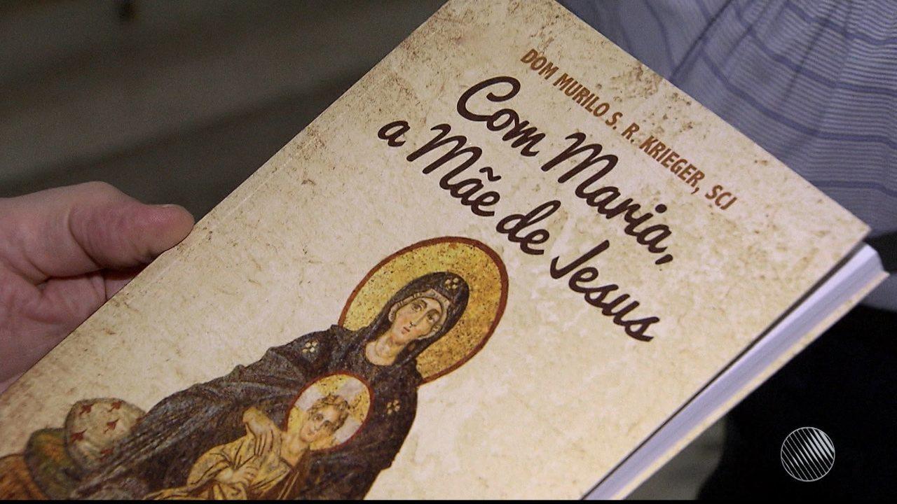 Papa: Francisco oferece mosaico sobre