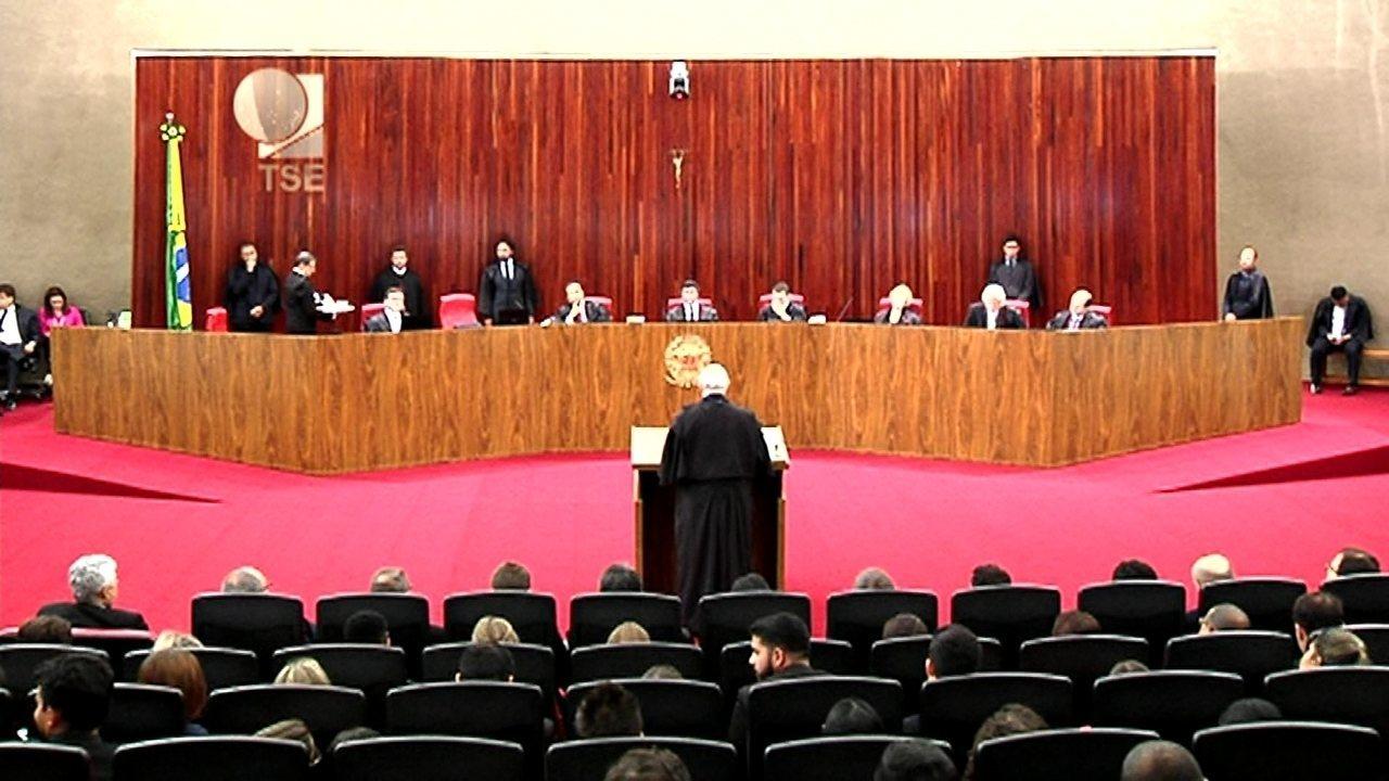 Eduardo Alckmin disse que, segundo a testemunha João Santana, Dilma sabia que recebia caixa 2