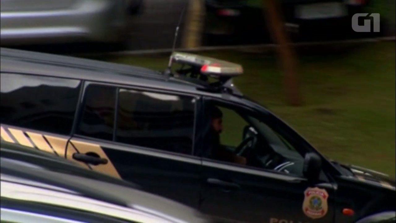 Cunha chega para depor na PF, em Curitiba