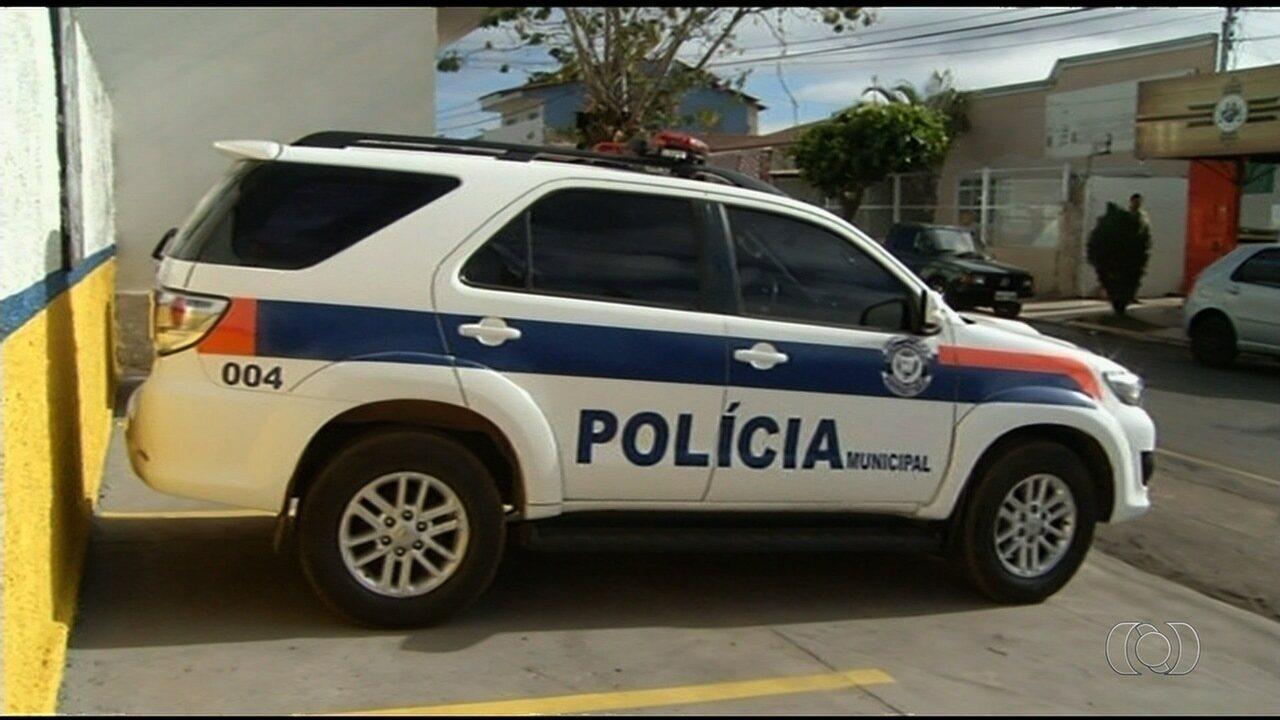 43c17179cbdce Guarda Civil adota nome de  Polícia Municipal , e mudança vai à Justiça, em  Cristalina - G1 Goiás - Bom Dia GO - Catálogo de Vídeos