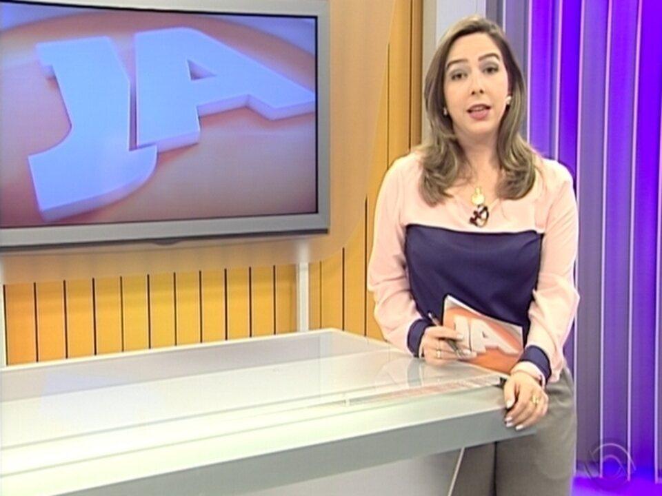 Homem é baleado dentro de casa em Erebango, RS - G1 Rio Grande do Sul -  Jornal do Almoço - Catálogo de Vídeos 3196d5e661f