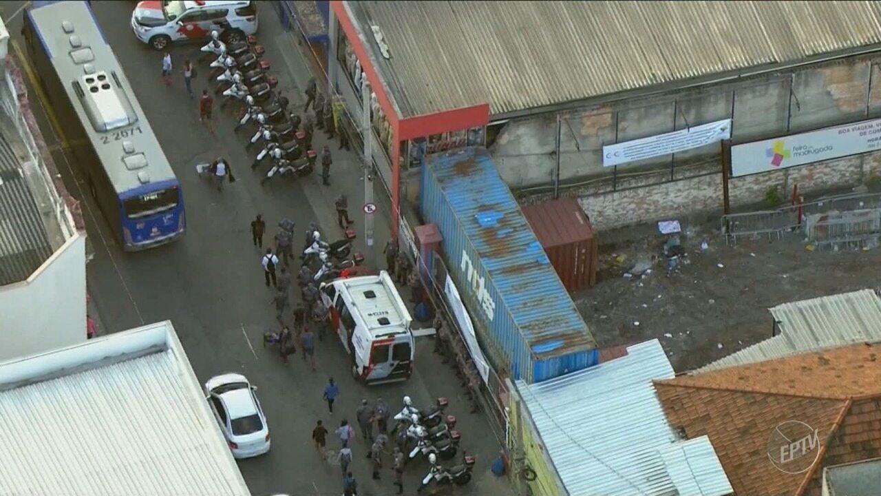 Artesanato Pernambuco ~ Estrutura da feira da madrugadaé demolida no bairro do Brás em S u00e3o Paulo G1 Campinas e Regi u00e3o