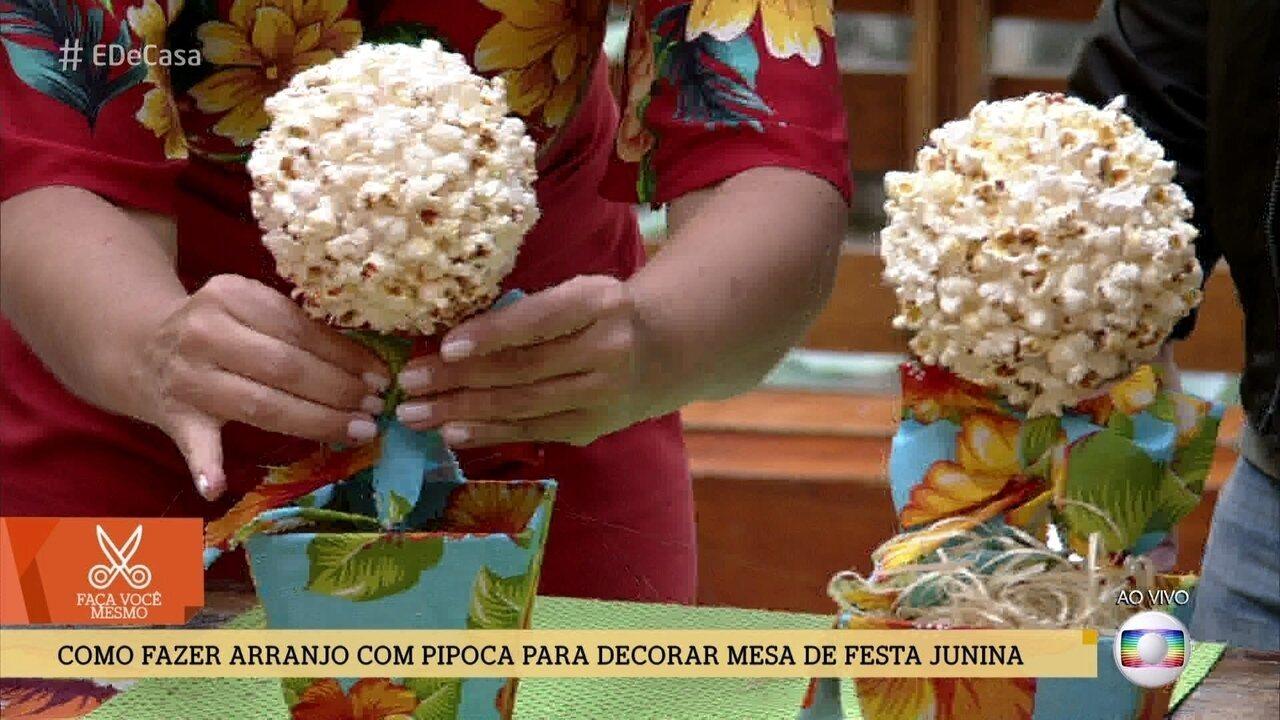 e46d709745 Saiba como fazer arranjo com pipoca para decorar mesa de festa junina - Rede  Globo - Catálogo de Vídeos