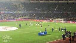 <p>  Seleção da Argentina entra em campo para aquecimento.</p>