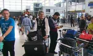 Chuva alaga Aeroporto Internacional de SP e afeta transporte público