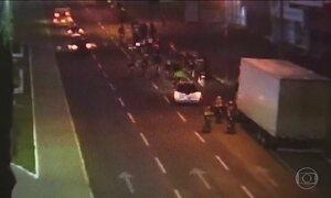 Motorista com sinais de embriaguez atropela ciclistas em Cascavel (PR)