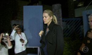 Após ser atacada por fã, Ana Hickman se diz 'abalada e triste'