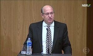 Sobram críticas à conduta da política fiscal na posse do novo presidente do BC
