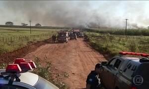 Polícia retoma negociação com índios que ocupam fazenda em MS