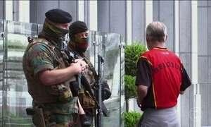Polícia belga prende 12 pessoas em operação contra o terrorismo