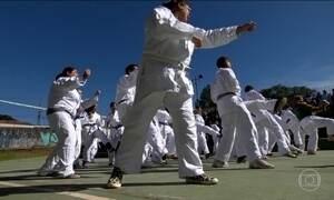 Arte marcial amplia o horizonte em escola para crianças e jovens especiais