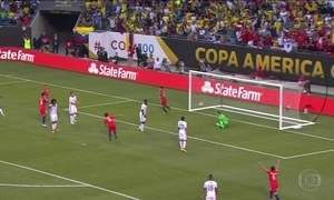 Chile vence Colômbia e decide Copa América contra Argentina