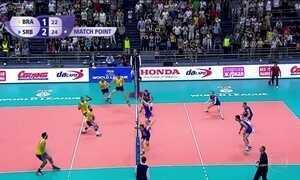 Seleção brasileira de vôlei sofre primeira derrota na Liga Mundial