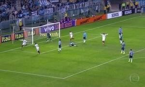 Grêmio perde em casa e Internacional empata fora pelo Brasileirão