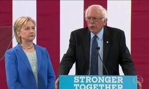 Hillary Clinton ganha o apoio de Bernie Sanders nas eleições dos EUA