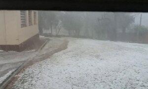 Tempestade de granizo atinge o Paraná e três pessoas ficam feridas