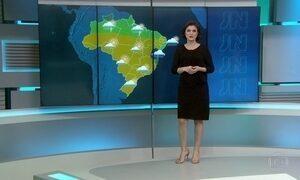 Frio e chuva devem atingir boa parte do Brasil nesta terça-feira (19)
