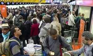 Aeroportos do RJ e SP voltam a ter filas nesta terça-feira (19)