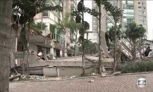 Corpo de vítima de desabamento em prédio de Vitória (ES) é resgatado
