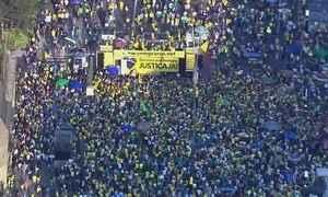 Domingo (31) tem manifestações contra e a favor da presidente afastada Dilma Rousseff