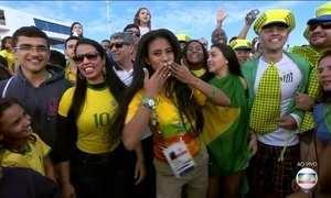 Torcedores agitam o Parque Olímpico