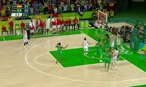 Seleção masculina de basquete enfrenta a Argentina na Arena Carioca