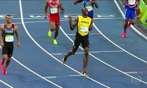 """Usain Bolt """"desfila"""" em nova prova no Estádio Olímpico do Rio"""