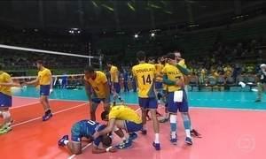 Brasil vence a Rússia no vôlei masculino
