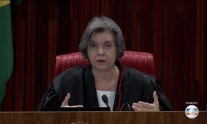Ministra Carmen Lúcia toma posse como presidente do STF