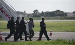 Oito acusados de terrorismo ficarão presos por tempo indeterminado