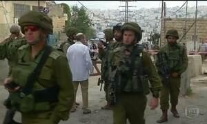 Na Cisjordânia, palestino esfaqueia soldado israelense e é morto