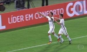 Corinthians volta a vencer no Brasileirão; Botafogo entra no G-6