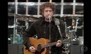 Cantor e compositor Bob Dylan ganha o Nobel de Literatura