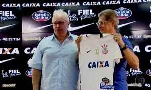 Corinthians anuncia o retorno do técnico Oswaldo de Oliveira